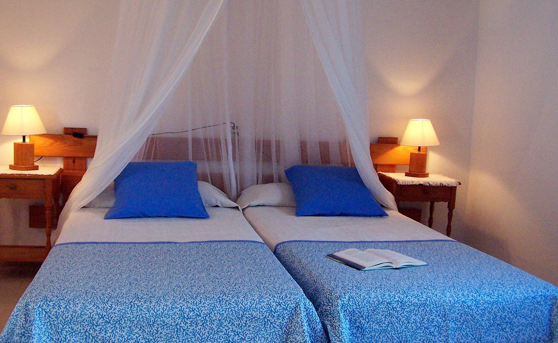 Alojamientos turísticos Cardona. Apartamento vacacional en Formentera