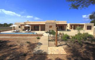 Villa Can Cardona en entorno rural en Formentera. Alojamientos turísticos Cardona