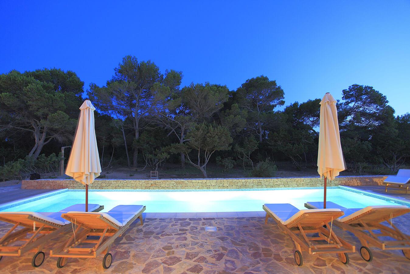 Can Cardona, villa en Formentera con jardín y piscina. Alojamientos turísticos Cardona