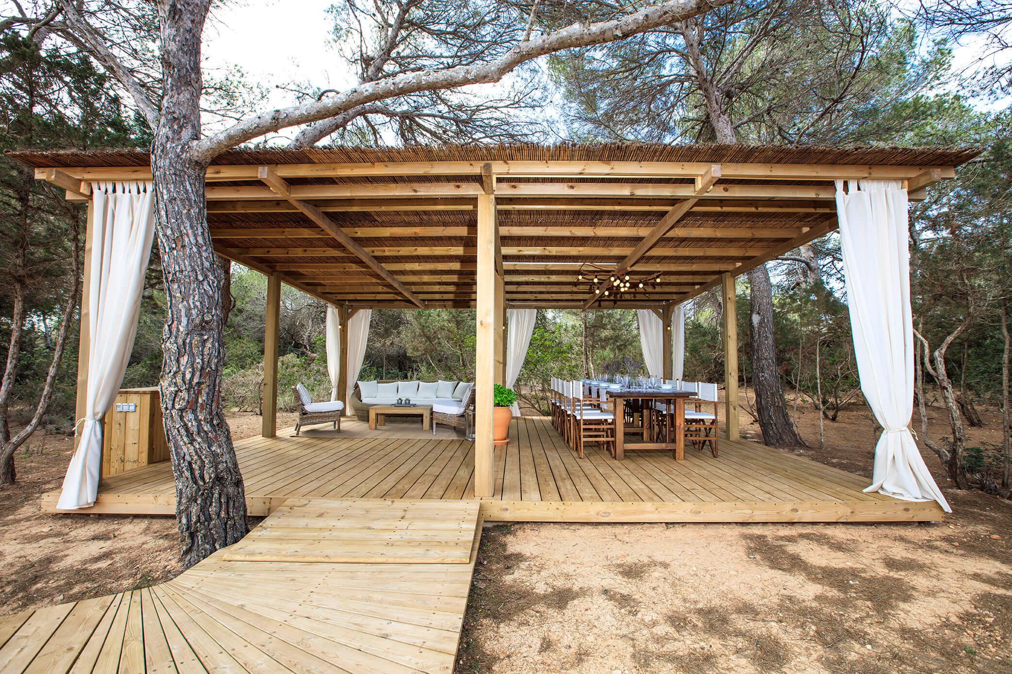 Villa Can Cardona en Formentera. Casa rural con jardín y piscina
