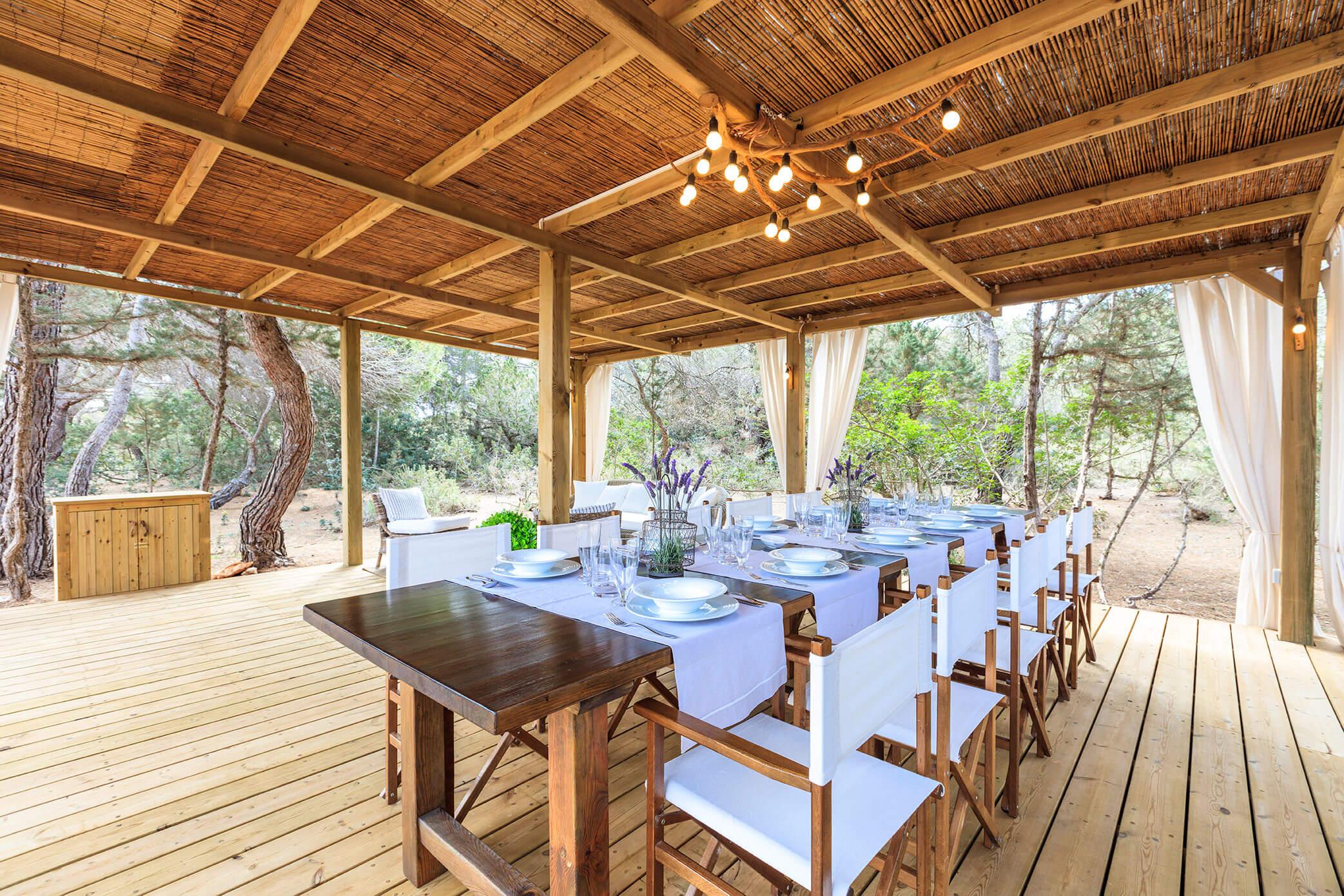 Villa Can Cardona en Formentera con jardín y piscina. Alojamientos turísticos Cardona