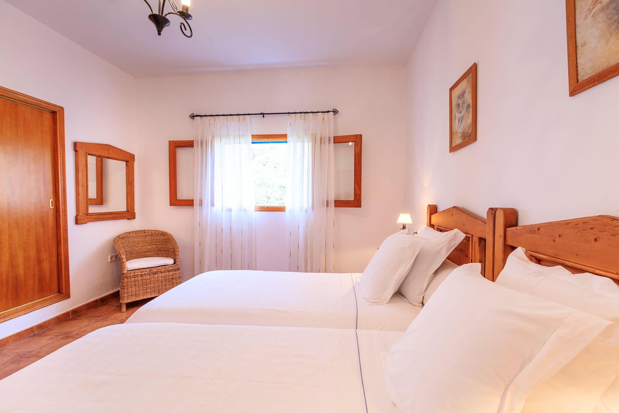 Casa rural en Formentera con habitación doble. Alojamientos turísticos Cardona